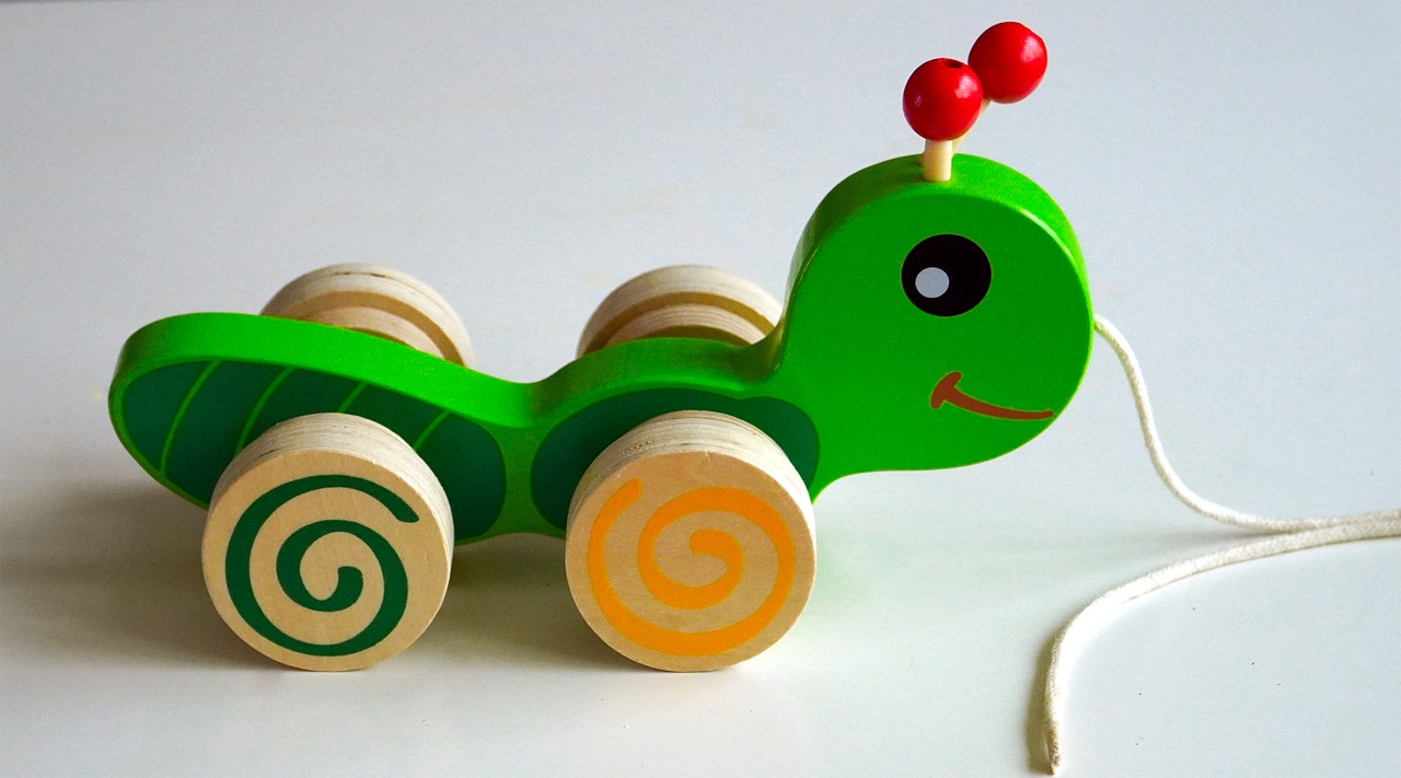 Holzspielzeug Nachziehspielzeug